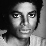 2.1980-year-The-Off-the-wall-album-has-released-Mike-s-going-to-go-to-the-tour-with-his-brothers-michael-jackson-20560839-600-893